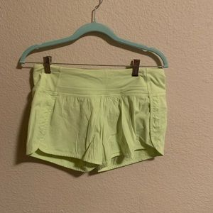 Lululemon speed up shorts 2.5 size 6